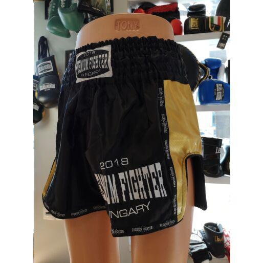 Premium Fighter – Thai Short (Fekete/arany)