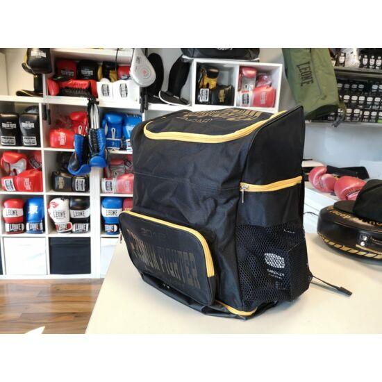 Premium Fighter – Backpack (fekete/arany)